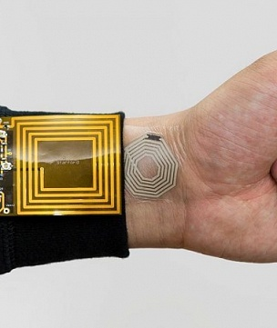 Second skin. In the United States have developed a sticker to measure the pulse of a person